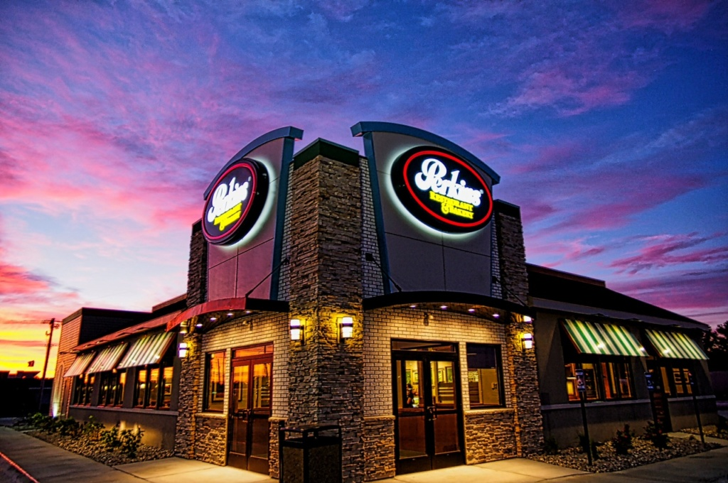 Perkins To Add East Side Location