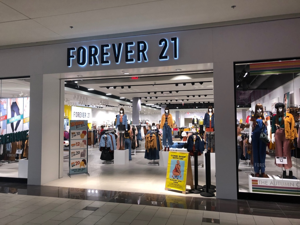 Forever 21 Opens At The Empire Mall Siouxfallsbusiness
