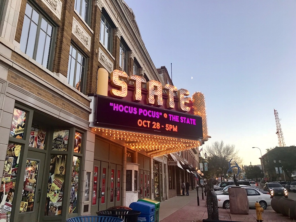 state theatre to show halloween classics – siouxfalls.business