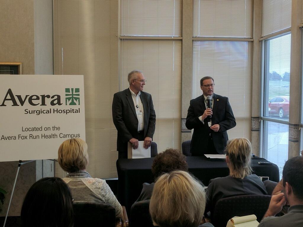 Image of Avera executives in Yankton