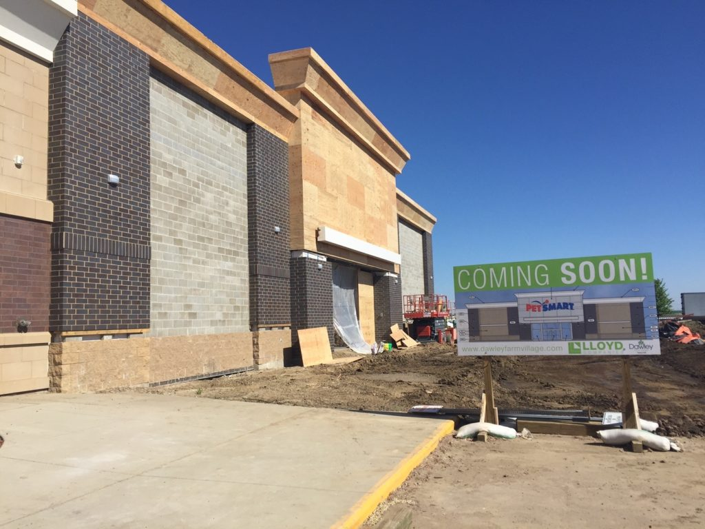 Dawley Farm Village Prepares For New Openings Siouxfalls Business