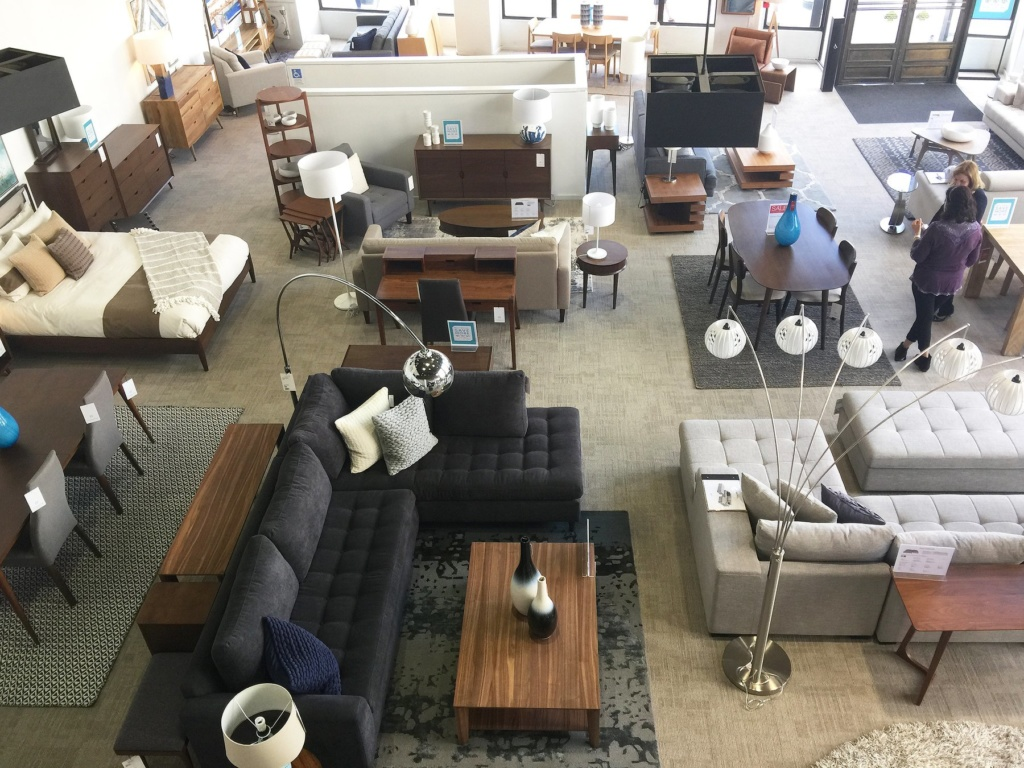 Furniture Business Appears To Be Winning Bidder For Toys R Us Space In Sioux Falls Siouxfalls Business