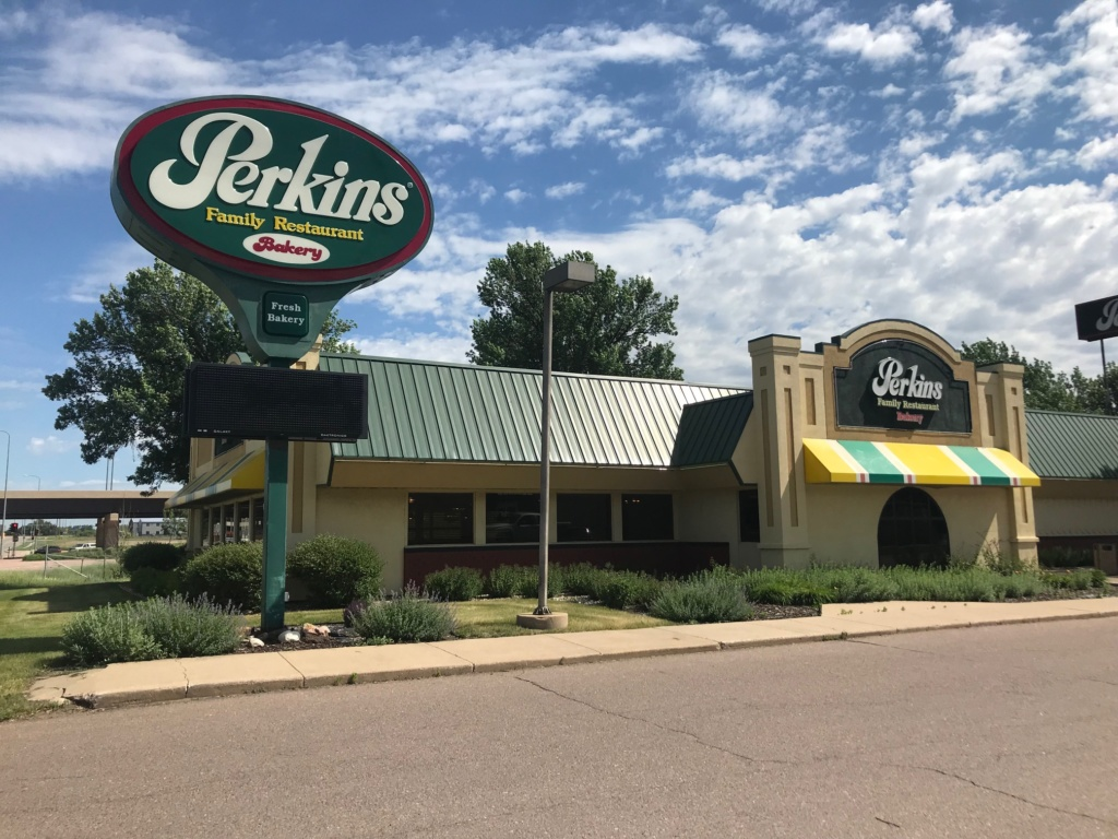 Perkins Closes Sioux Falls Location Siouxfalls Business