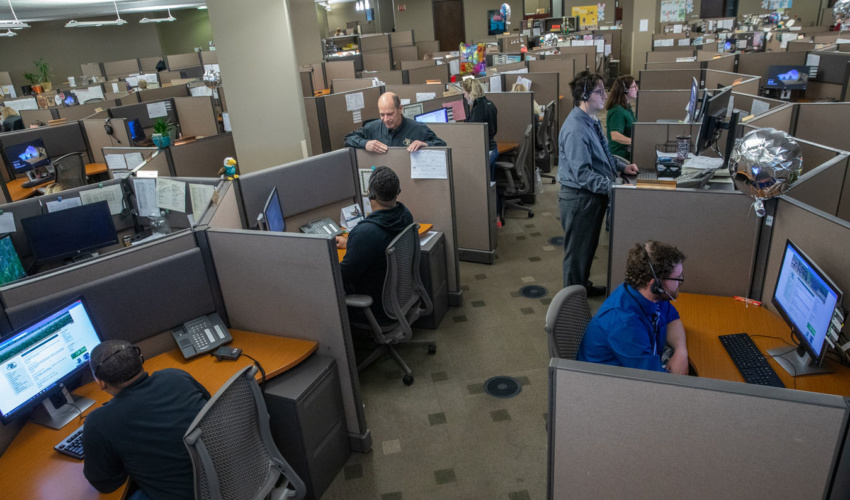 Call centers look to future as technology forces change –  SiouxFalls.Business