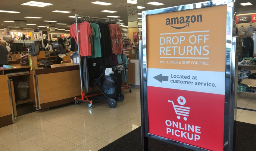 online retailer d8e08 7b91a Kohl's begins accepting Amazon returns as a way to drive ...