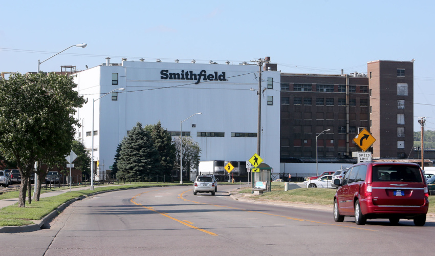 Smithfield Auto Center >> Smithfield to close Sioux Falls plant indefinitely ...