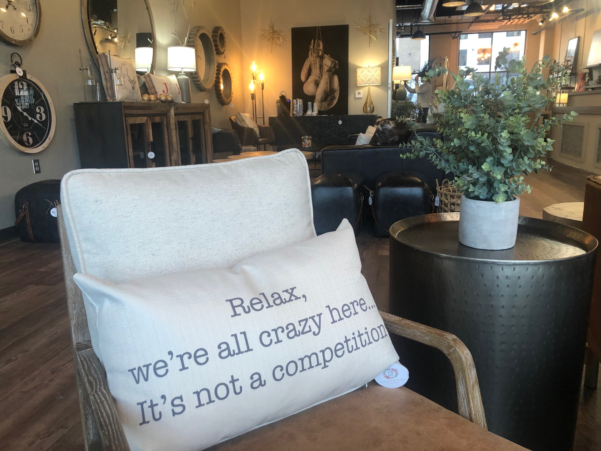 Home furnishings, decor business opens